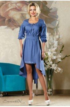 Яркое нежное платье синего цвета