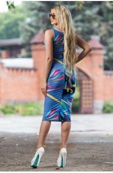 Женственное облегающее платье голубого цвета