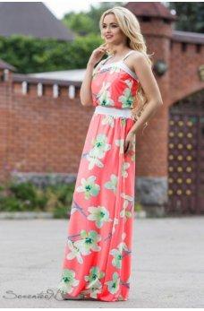 Нежное длинное платье кораллового цвета