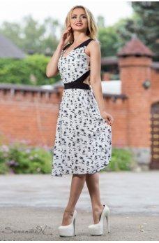 Стильное бело-черное платье с принтом