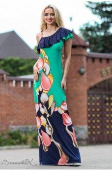 Изящное длинное платье зеленего цвета