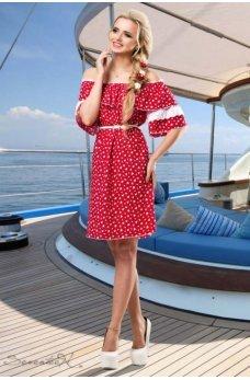 Элегантное летнее платье в красном цвете