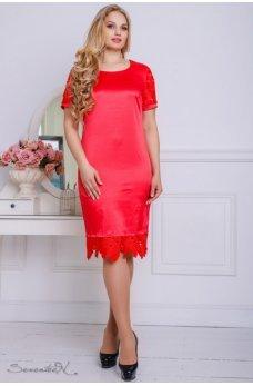 Красное элегантное платье с кружевом