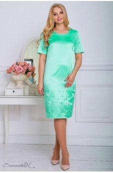 Бирюзовое атласное платье с вышивкой по низу