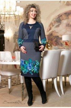 Синее женственное платье с цветочным принтом