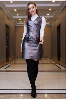Стильное платье-сарафан серебренного цвета