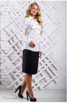 Белая блуза с принтом скрипичный ключ