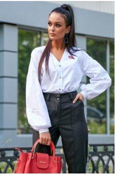 Белая гламурная рубашка с оригинальной вышивкой