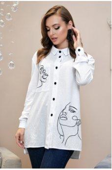 Белая модная рубашка с черной вышивкой
