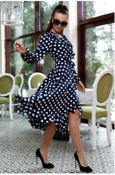 Романтичное темно-синее платье в горошек