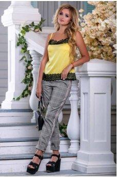 Желтая шелковая майка-топ в бельевом стиле