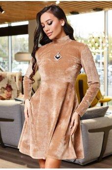 Гармоничное женское платье цвета кофе