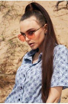 Солнцезащитные очки с розовыми линзами