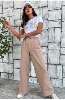 Бело-кофейная комфортная женская футболка