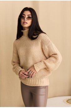 Гармоничный нежный свитер цвета кофе