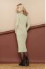 Уютное шерстяное платье с воротником хомут - фото 1
