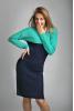 Вязаное оригинальное платье темно-синего цвета с мятой - фото 2