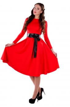 Яскраве плаття міді