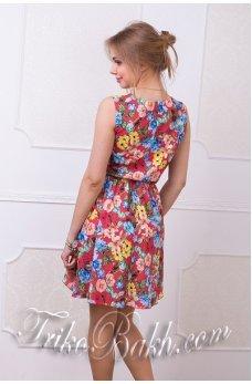 Платье с асимметричным низом яркие цветы